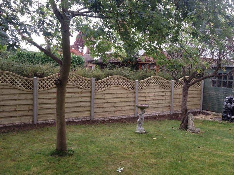 Wesson Fencing - Fencing in Woking, Surrey