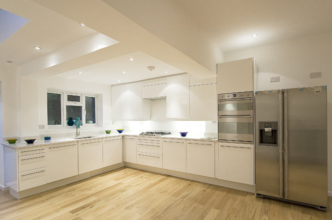 Stratos Building Services Ltd Builders In Kingston Upon