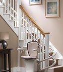 Square thumb starla curved stairlift