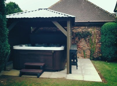 Primary thumb preece   helios 65   windemere gazebo b77 3qg