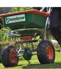 Square thumb spreading fertiliser