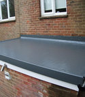 Square thumb fibreglass flat roof finish