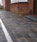 Square thumb block paving send