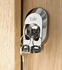 Square thumb yale door lock