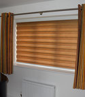 Square thumb mirage roller blind