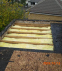 Square thumb flat roof exposed