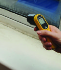Square thumb square thumb testing temperature of mould and condensation on windows.
