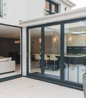 Square thumb bi folds